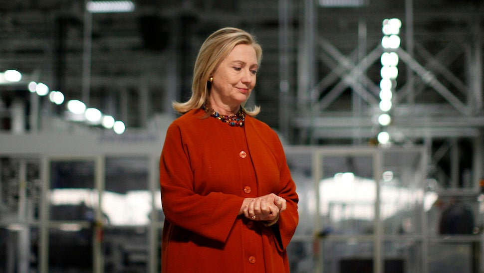 Hillary Clinton Hid Her Emails While Secretary of State and That's Bad