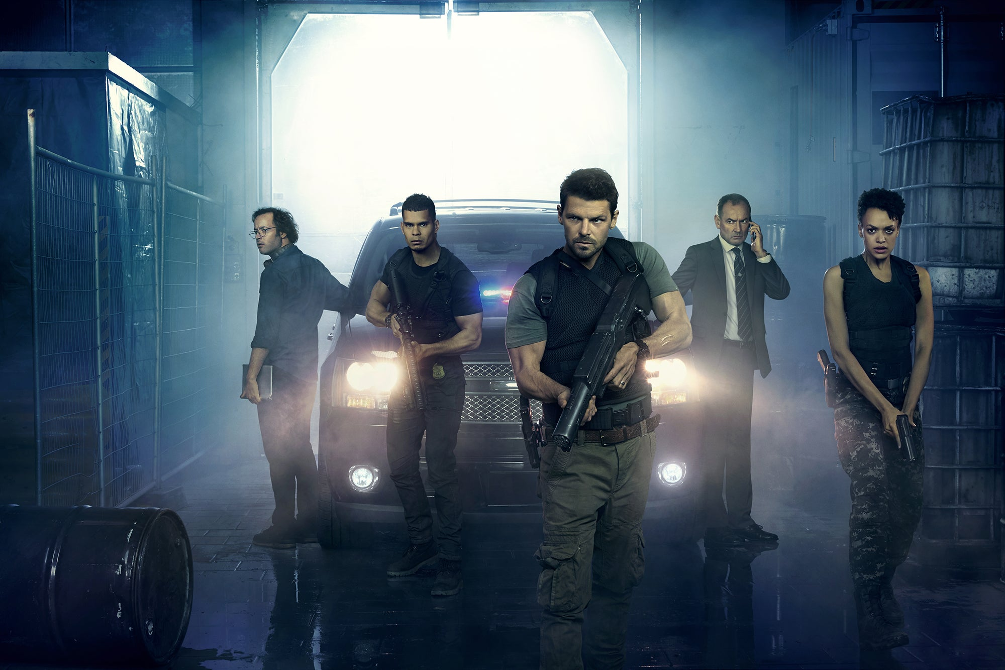 Here's a Much Closer Look at Syfy's New Alien Terrorist Show, Hunters