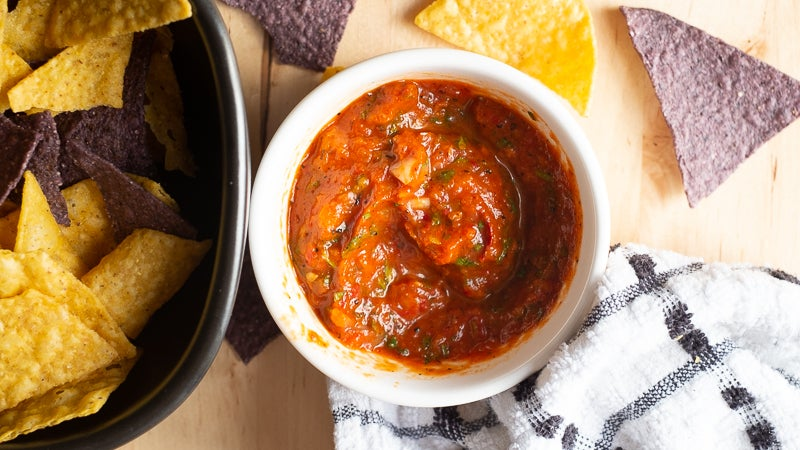 Turn Sad Winter Tomatoes Into Delicious Roasted Salsa