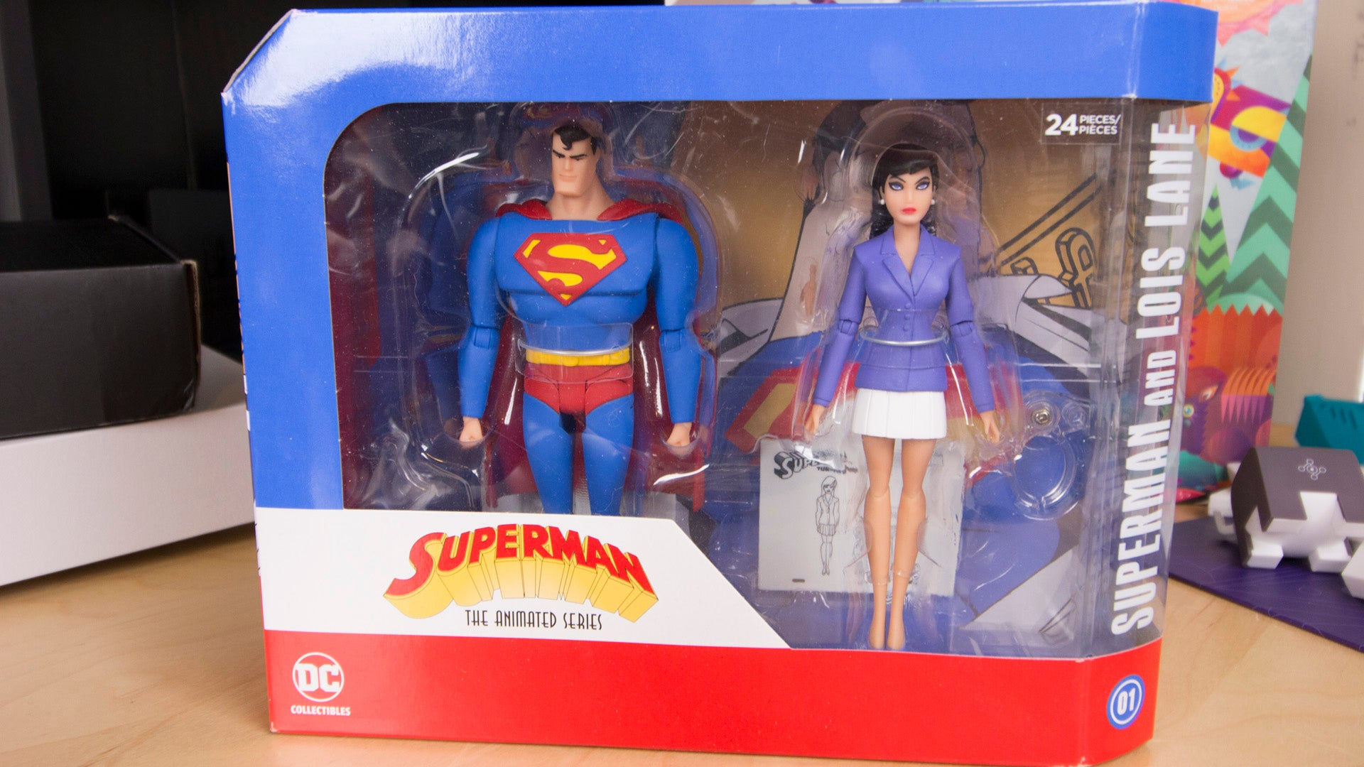 how to get the hands off a dc collectible