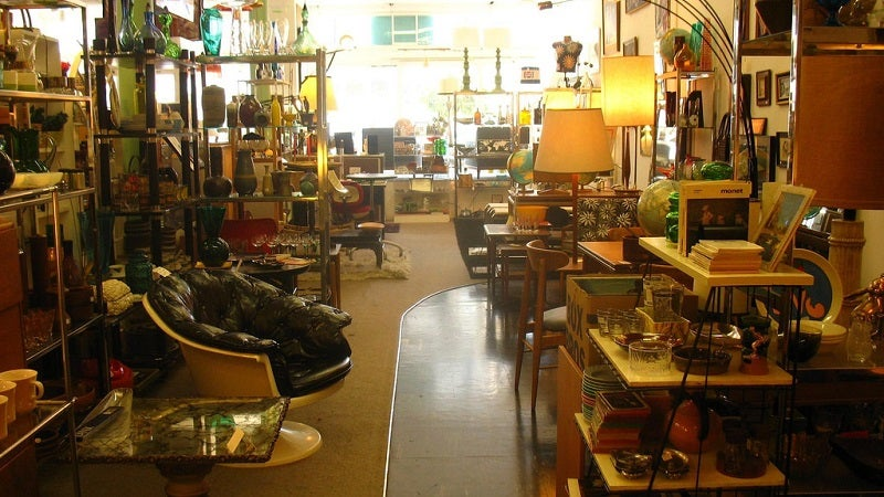 Why You Should Pay Attention To Other Shoppers At Op Shops