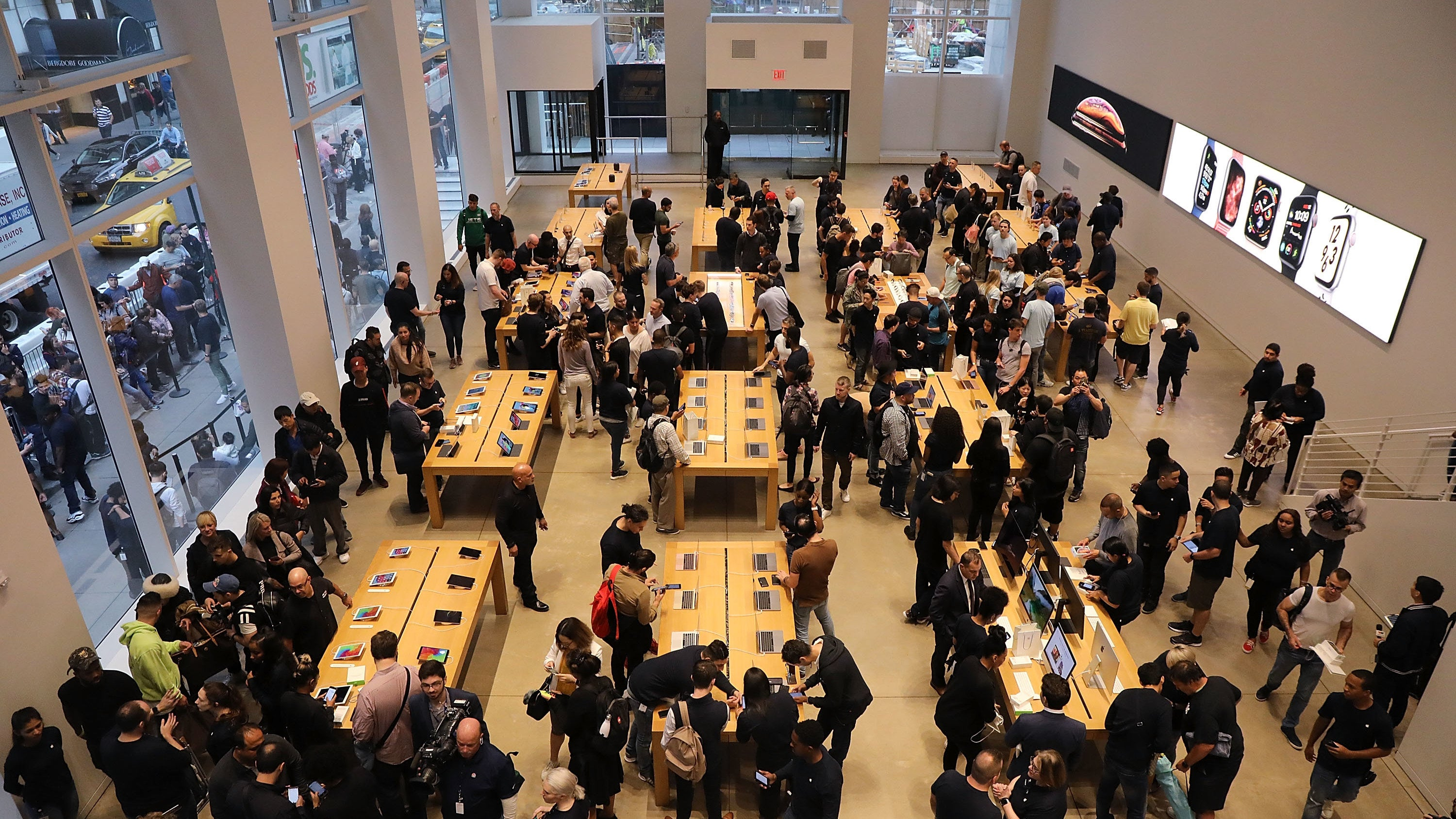 Apple Reportedly Looking To Start Reopening Stores In May