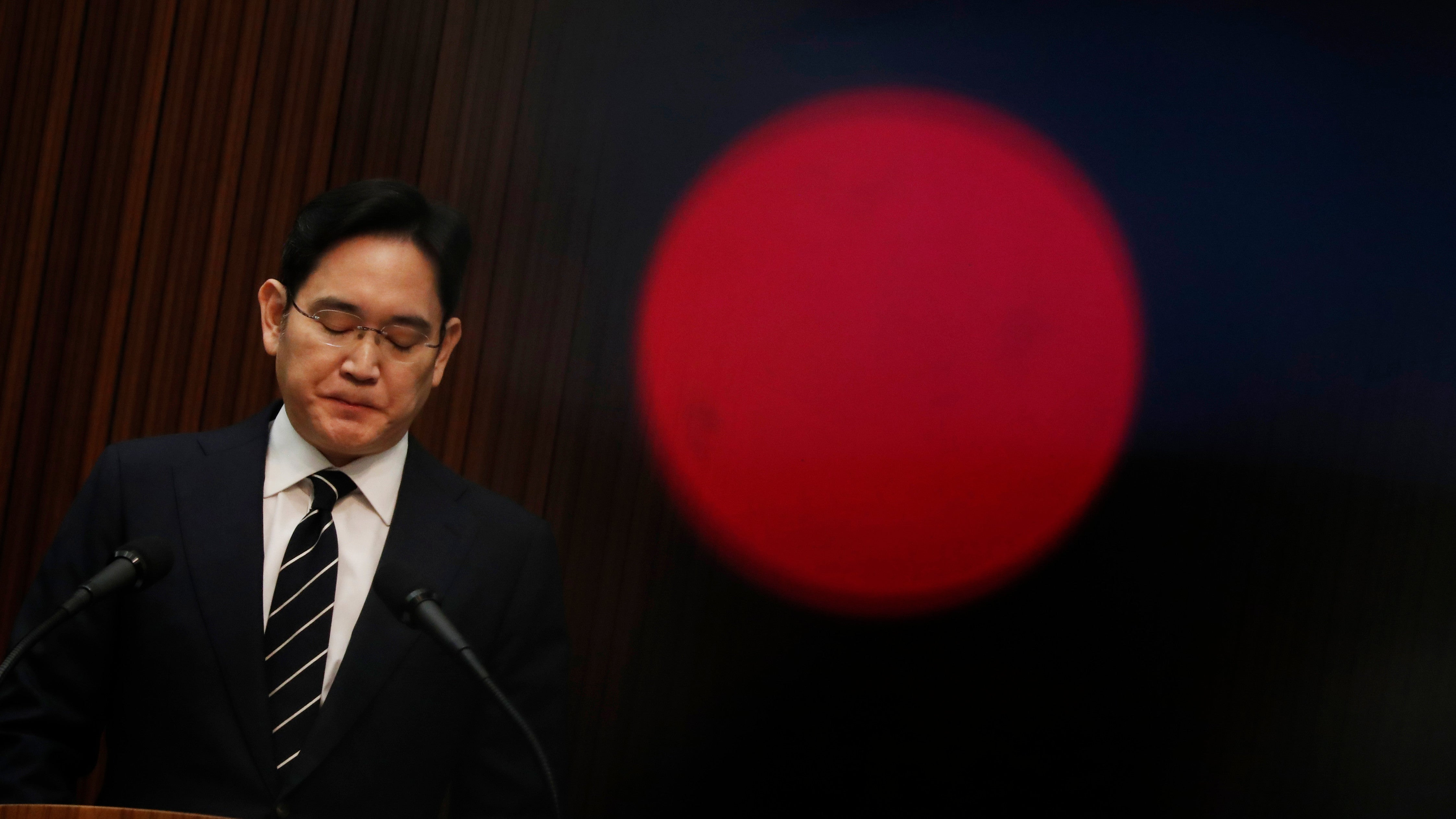 Samsung Heir Makes History By Pledging To End Family's Corporate Dynasty