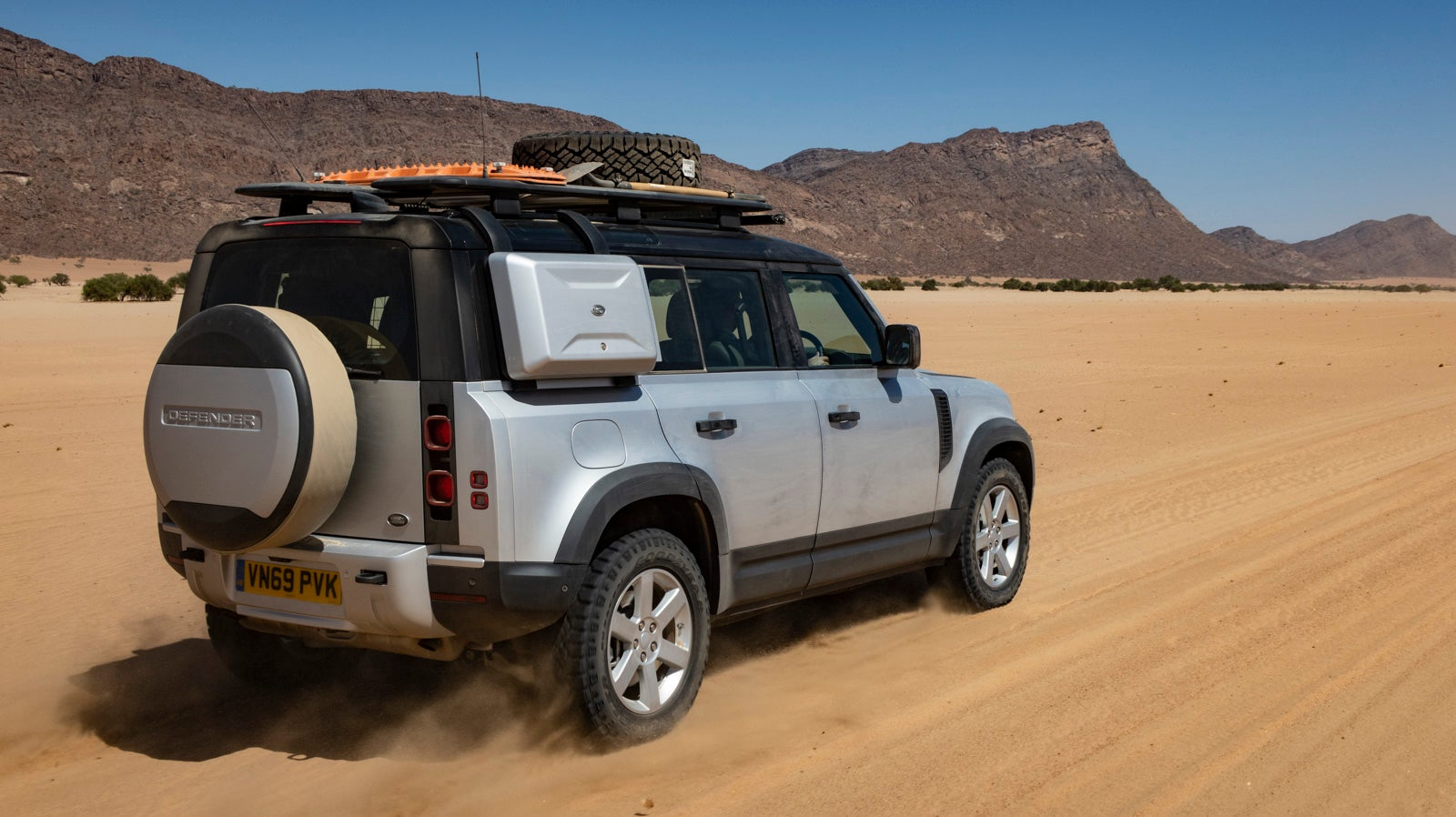 Here Are My Favourite 2020 Land Rover Defender Features After Field Testing In Africa