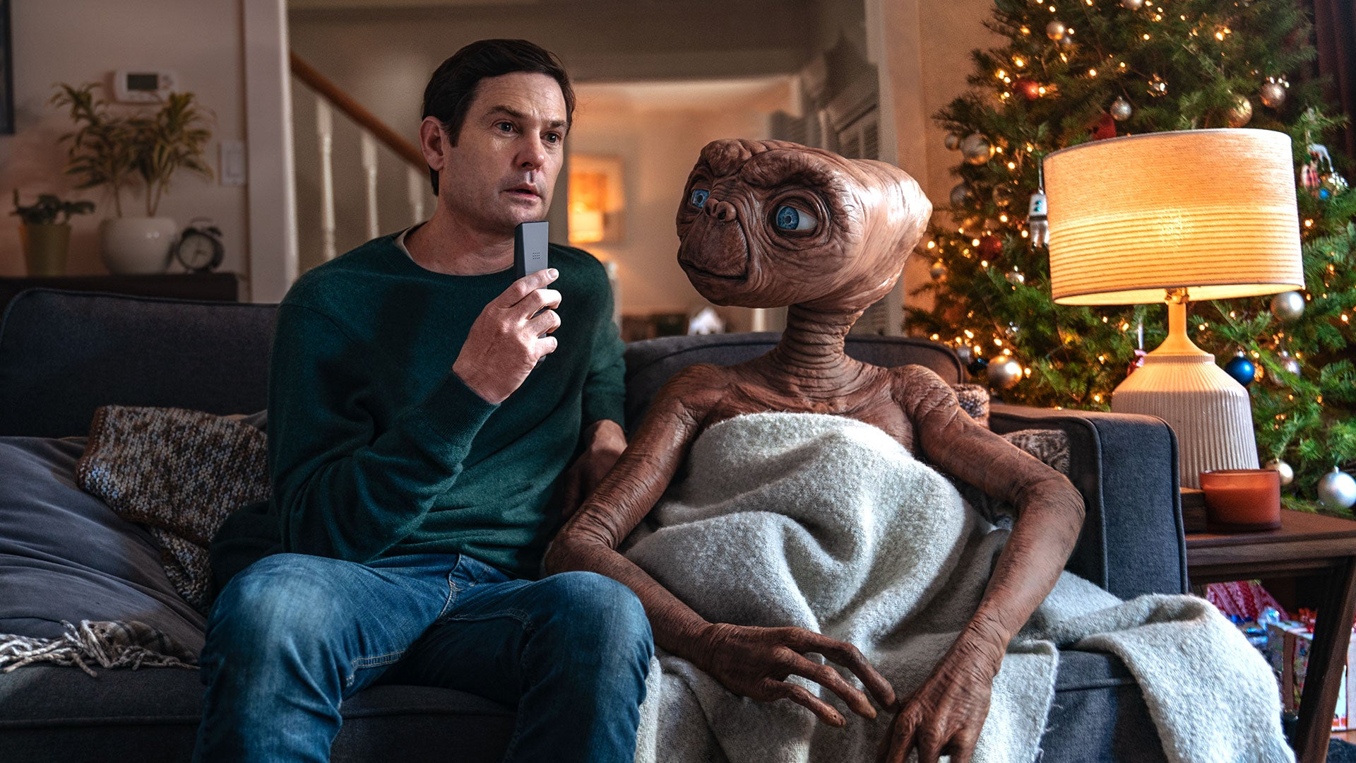 E.T. And The Real, Grown-Up Elliott Reunite… In A Commercial?