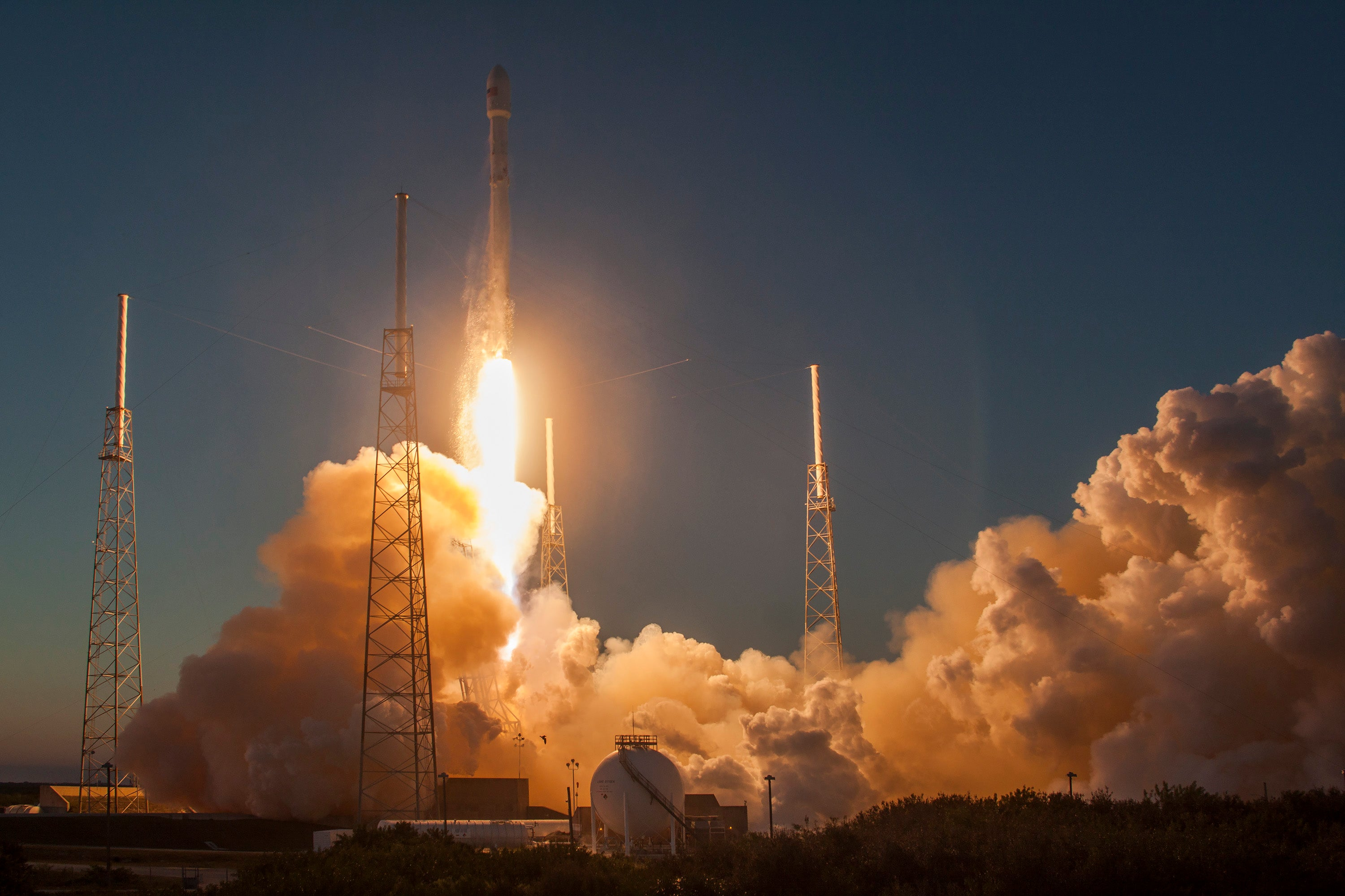 SpaceX Is Back in Business With a Mid-December Launch Date