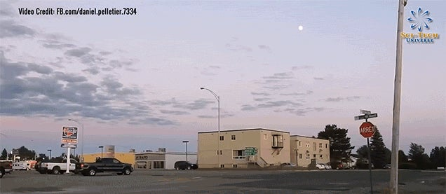 Incredible Camera Zoom Basically Takes You to the Moon