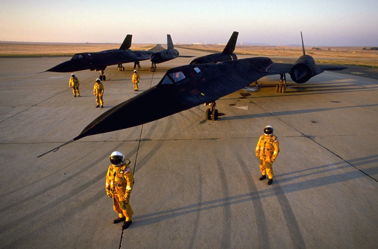 Fascinating Photos Reveal How They Built The Sr 71