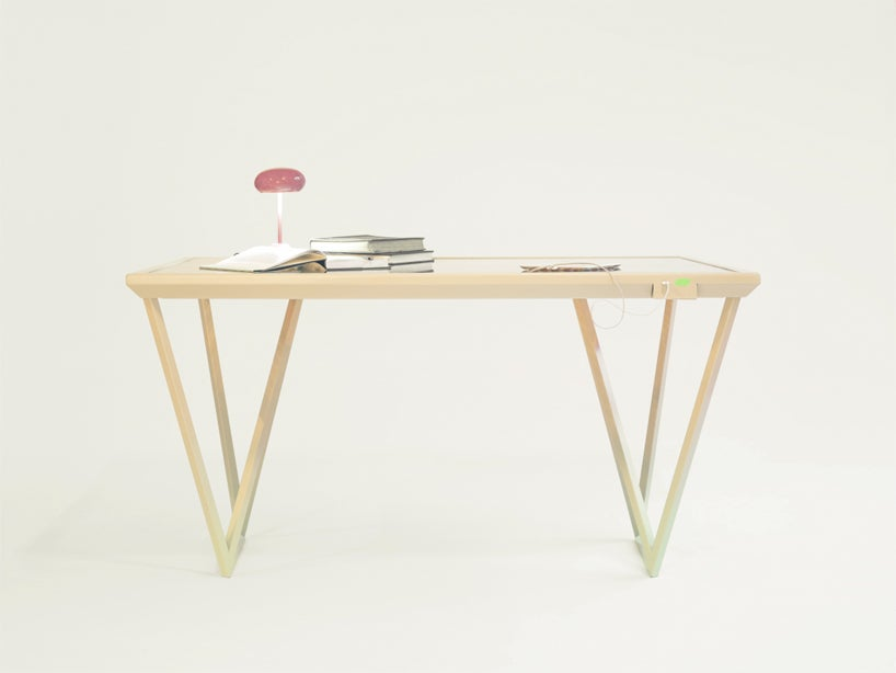 This Table Charges Your Devices By Mimicking Photosynthesis