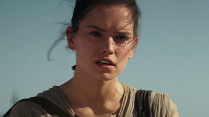 What the Hell Is Going On With Rey's Hair in Episode VIII That Daisy Ridley Has to Keep It Secret?
