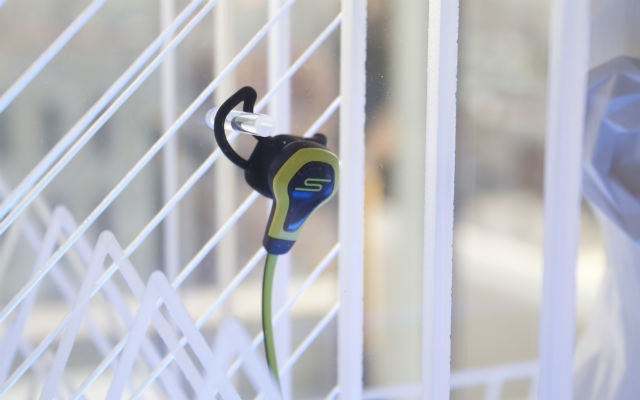 BioSport Earbuds: Finally, A Fitness Tracker You Never Have to Charge
