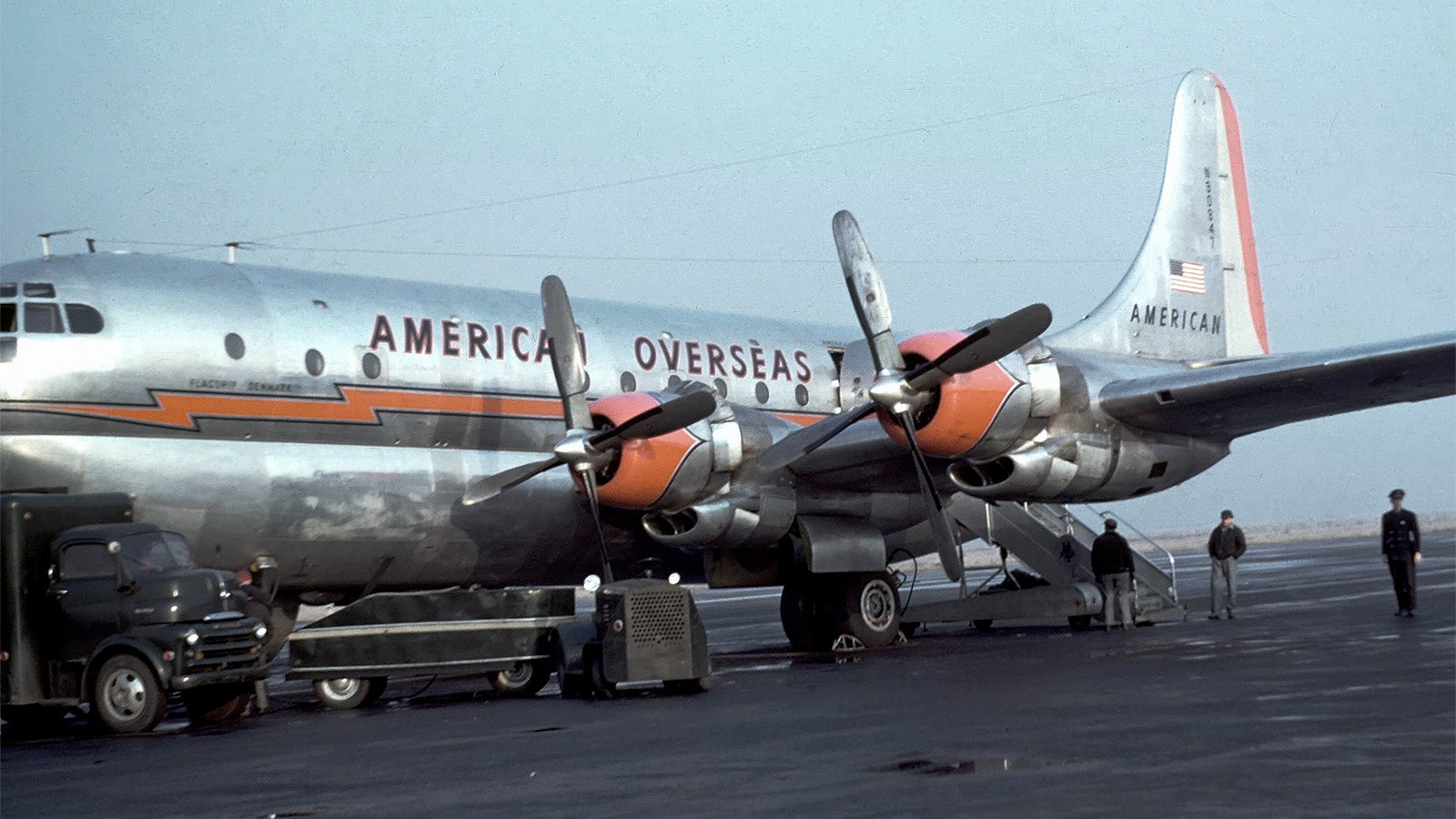27 Stylish Airliner Liveries From The Past