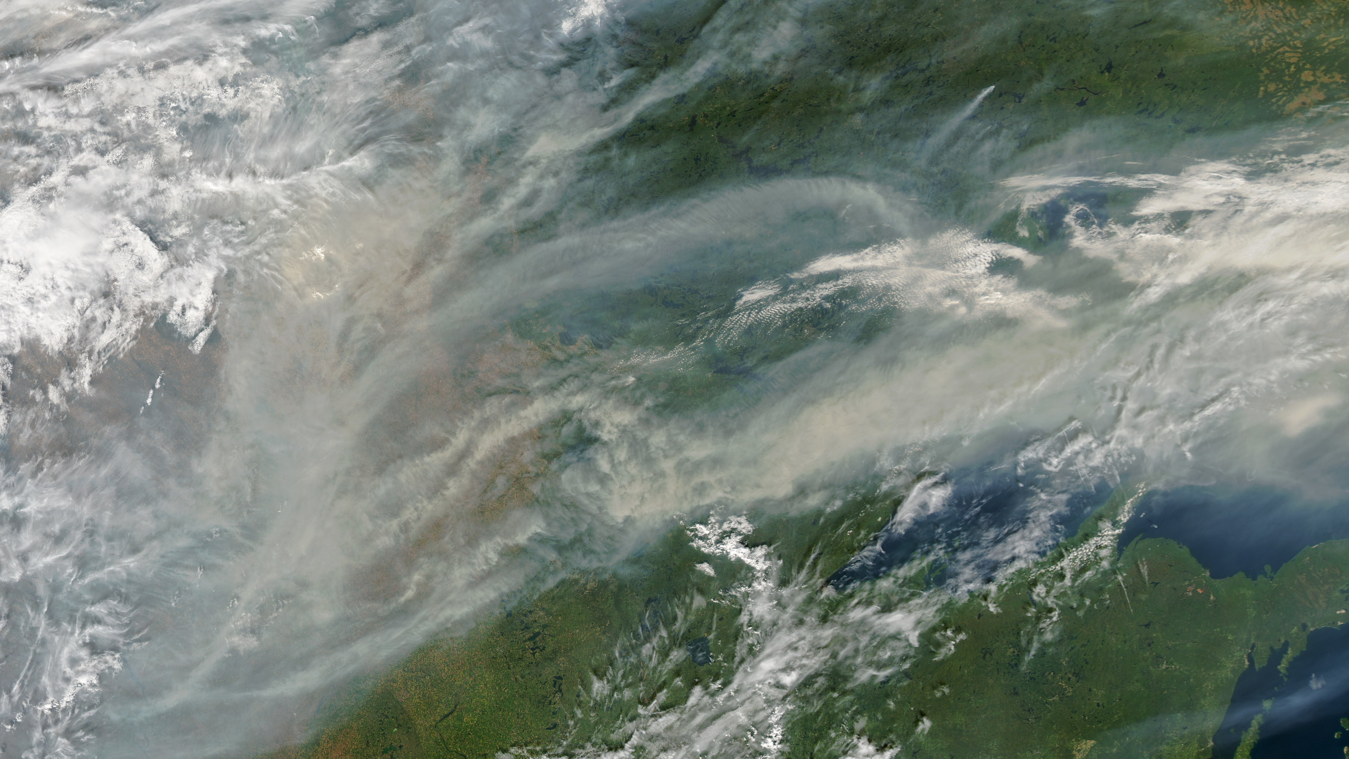 Huge Wafts Of Smoke From North American Bushfires Have Travelled All The Way To Europe