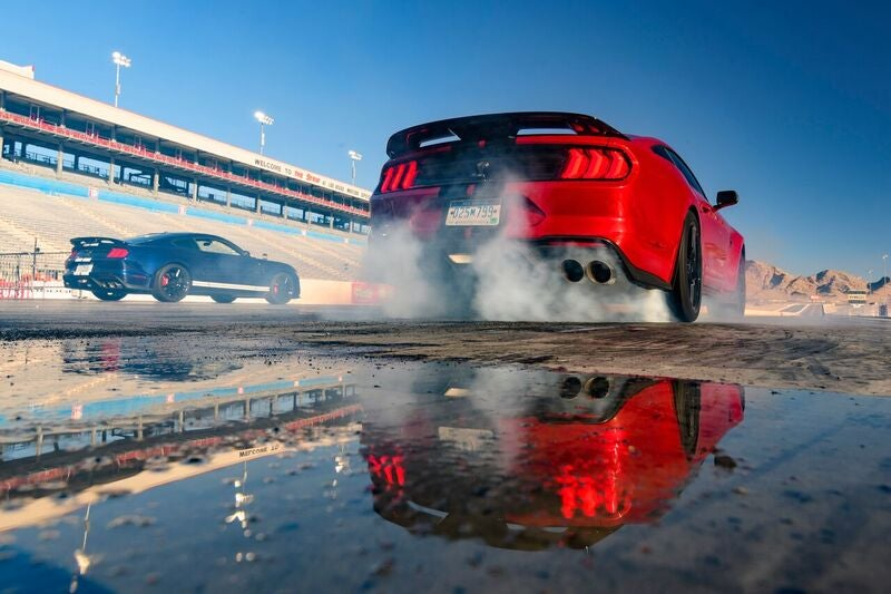 Here's How To Do A Burnout In A Shelby GT500