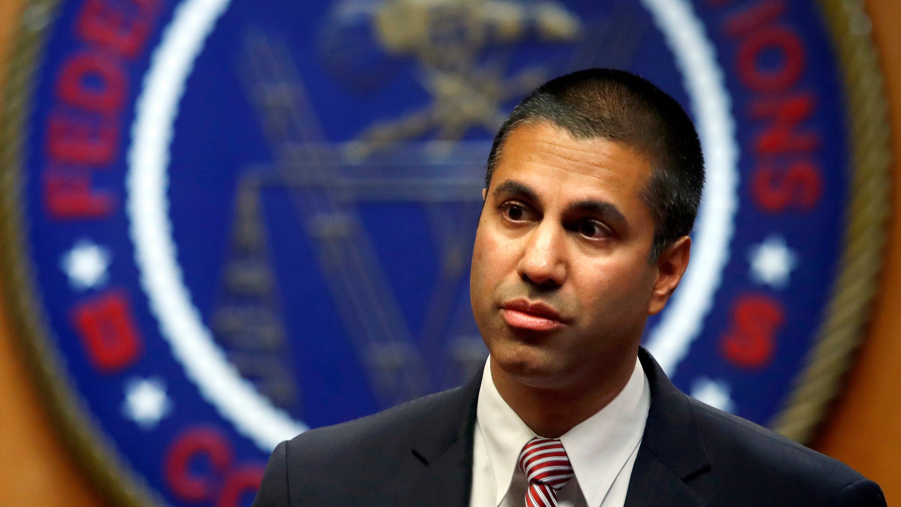 Thousands Tell The FCC To Scrap Its Dumb Rules That Let Carriers Block Text Messages