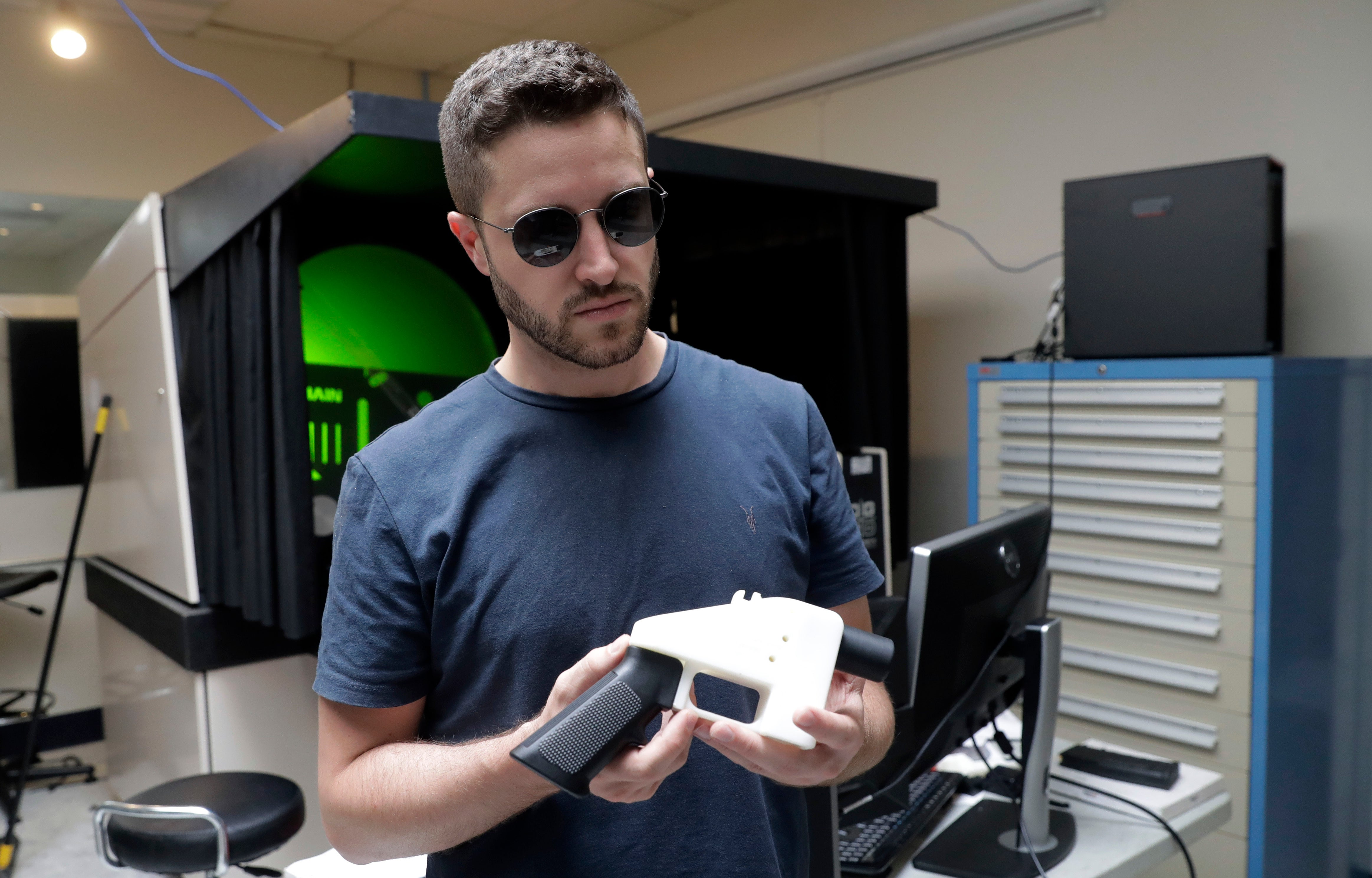 Despite Everything,You Can Now Buy 3D-Printed Gun Plans Online