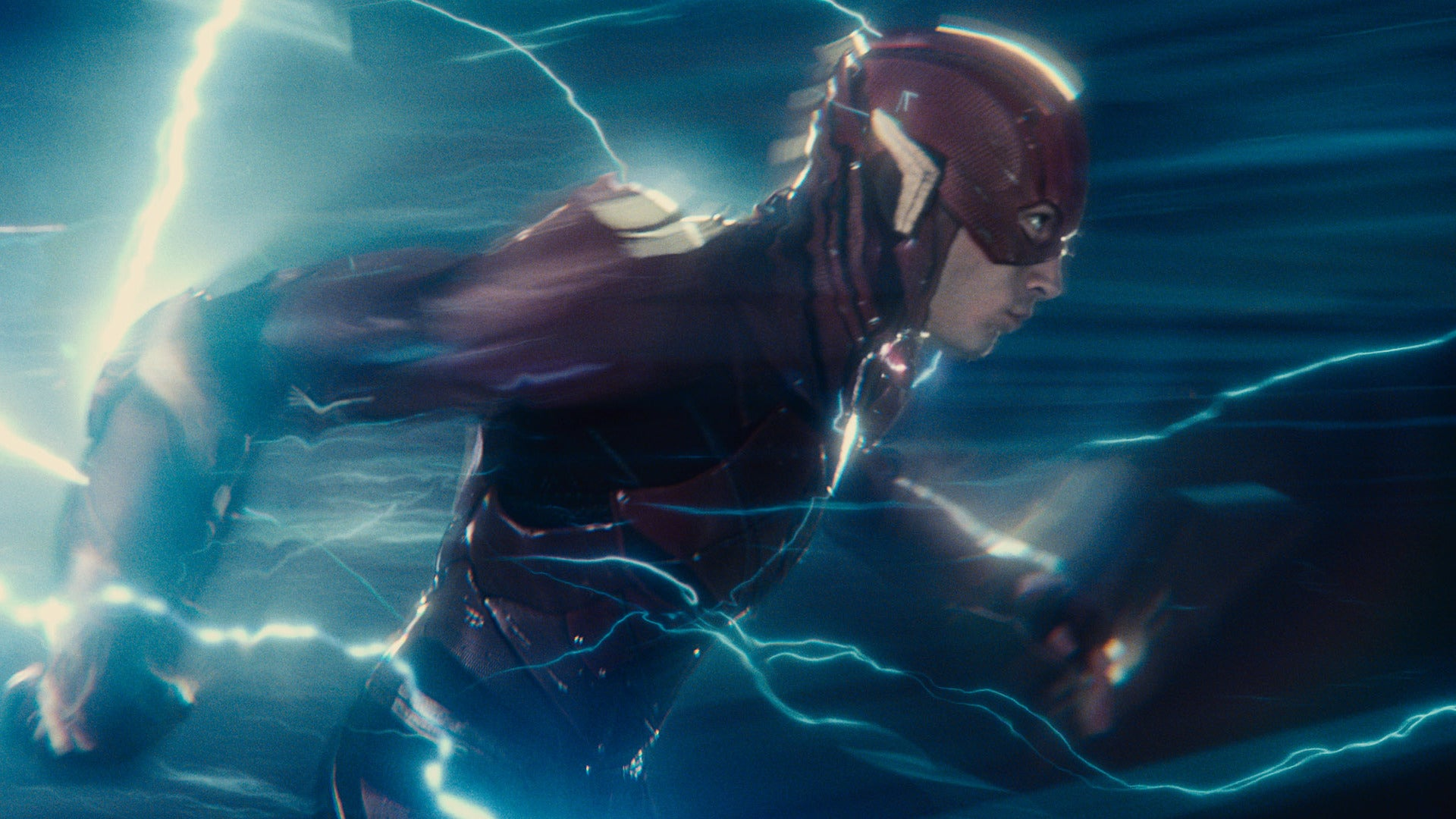 The First Reactions To Justice League Have Surfaced, And They're All Over The Place