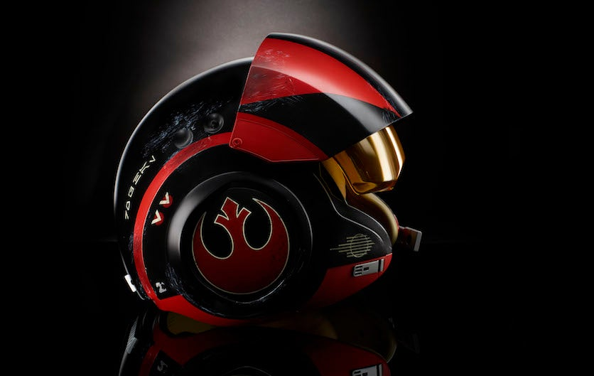 This Black Series Poe Dameron Helmet Is Too Small For Adults And It's Super Unfair