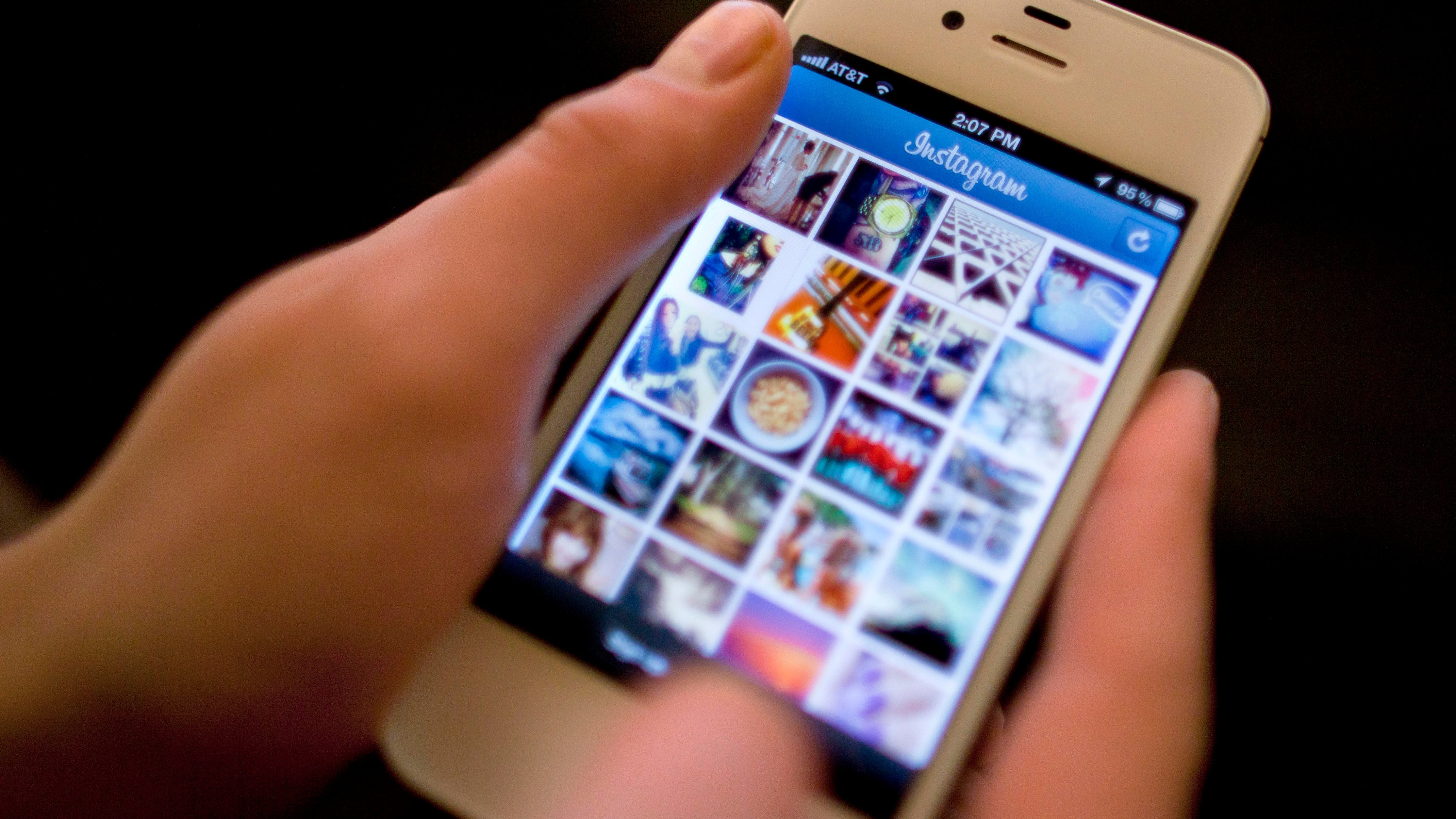 Instagram Is Trying To Get More 'Influencers' To Disclose Their Obvious Product Plugs Are Sponsored