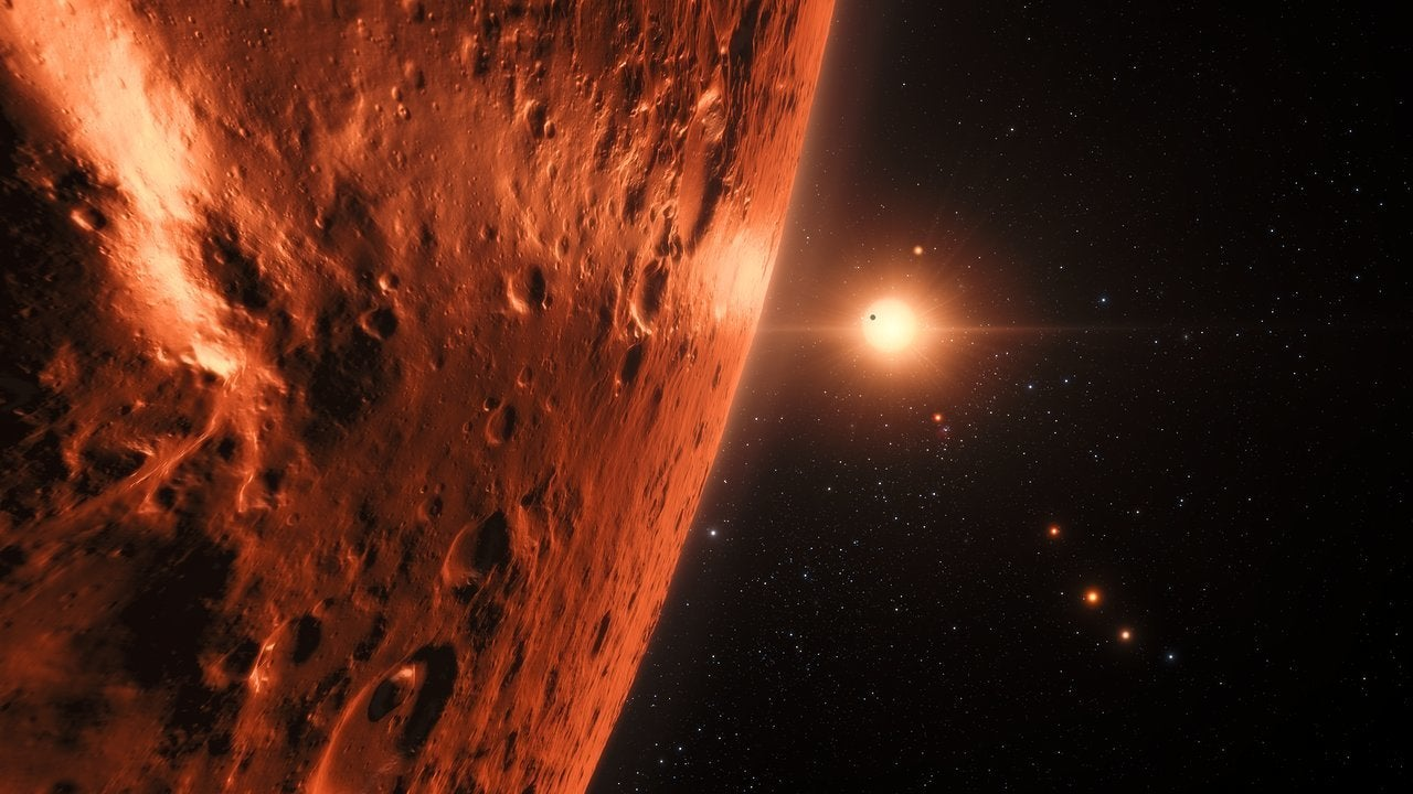 Three Earth-sized planets 'likely to contain substantial amounts of water'