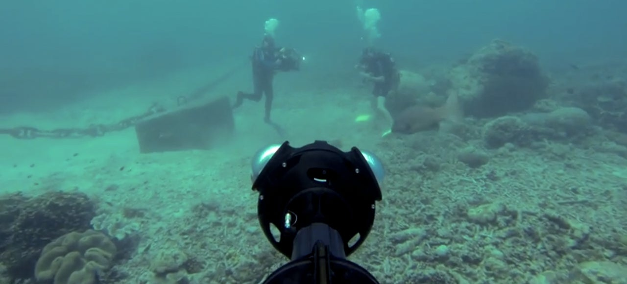 Using Google Street View To Study The Great Barrier Reef