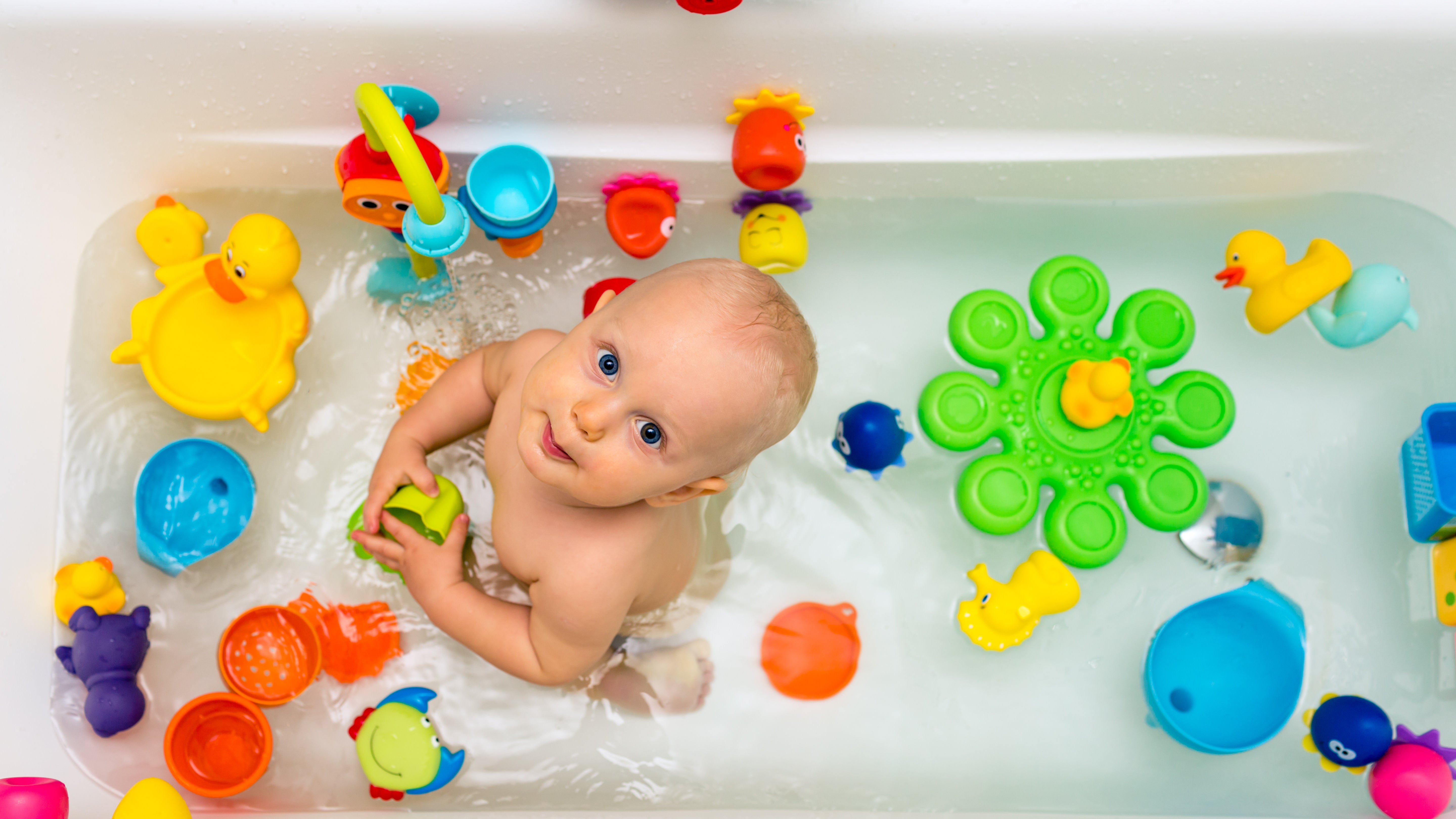 The Best Way To Store Kid's Bath Toys