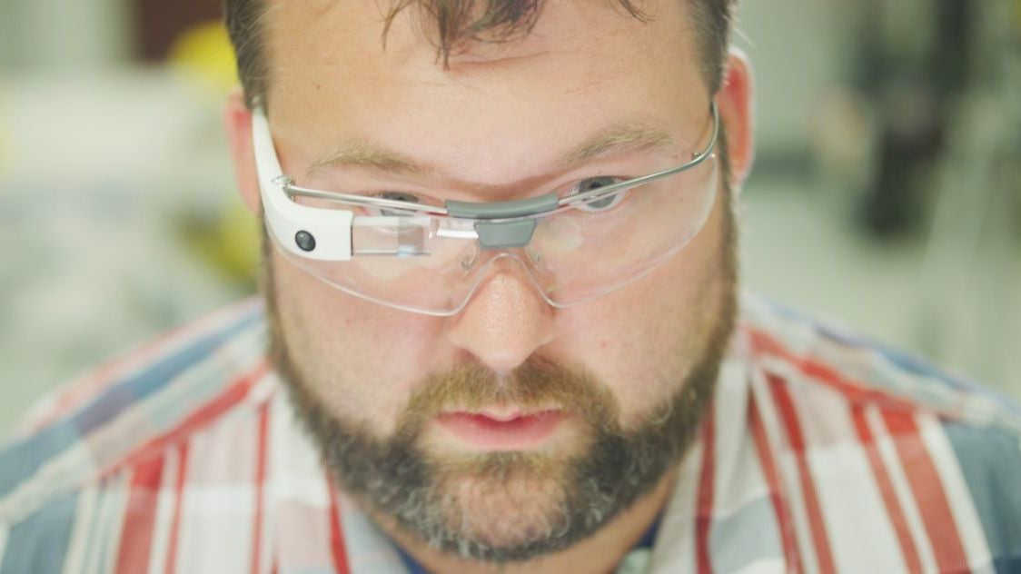 Google Glass Is Officially Back, Doing Something It Doesn't Suck At