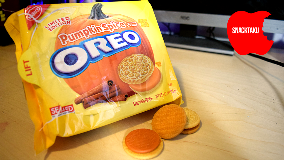 Pumpkin Spice Oreos: The Snacktaku Review