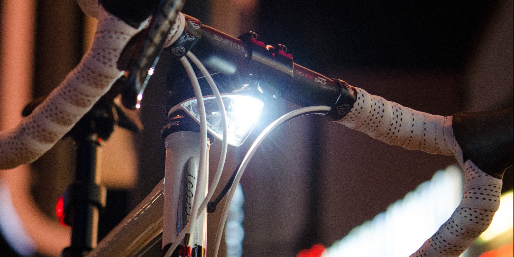 These Smart Bike Lights Permanently Mount To Your Posts