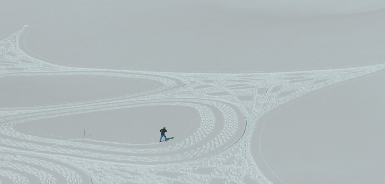 This Artist Makes Incredible Designs With Just Snow And His Shoes