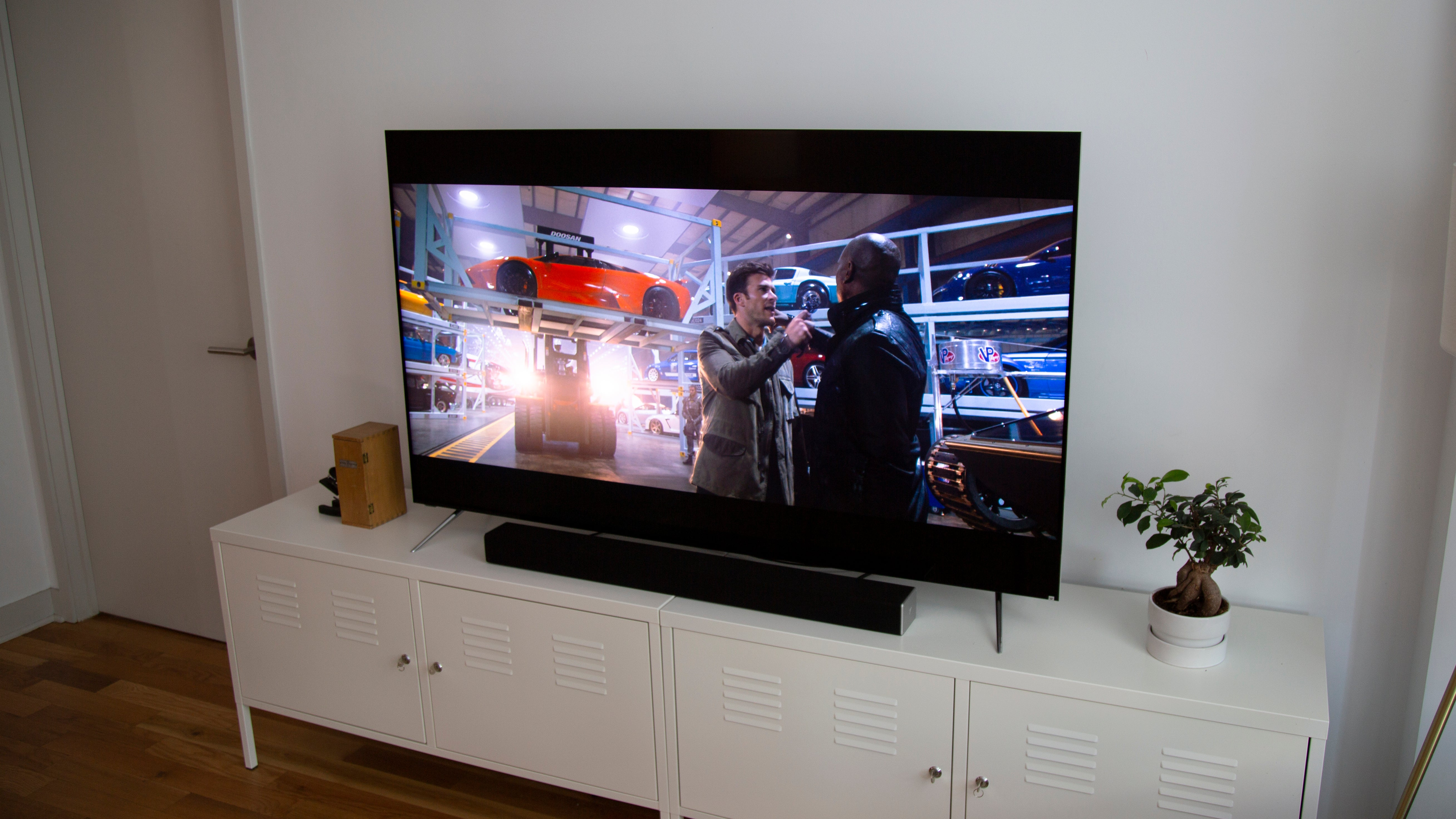 Vizio's Fancy New TV Is A Hell Of A Spectacle | Gizmodo