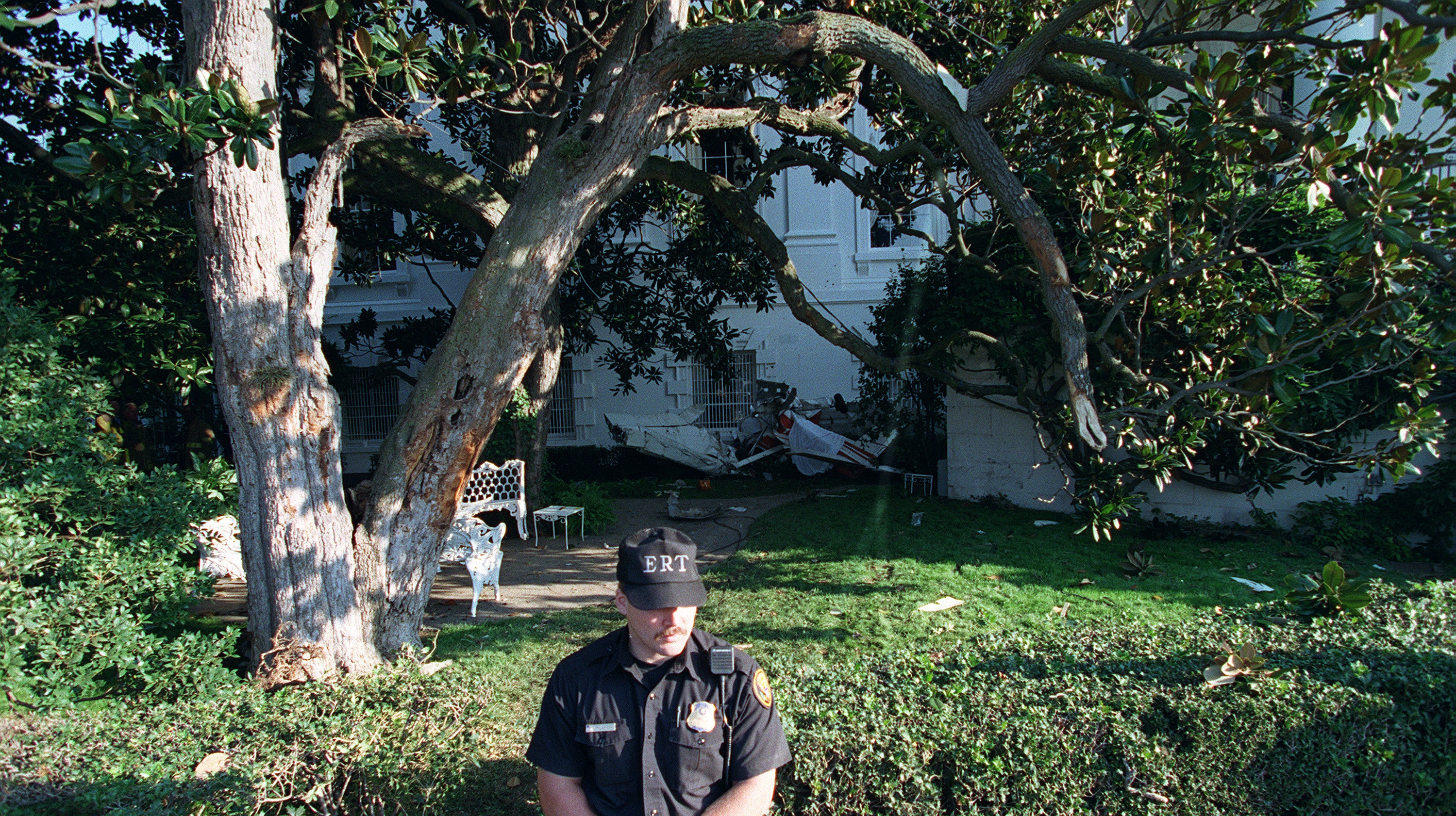 That Time A Plane Crashed Into The White House's Front Yard