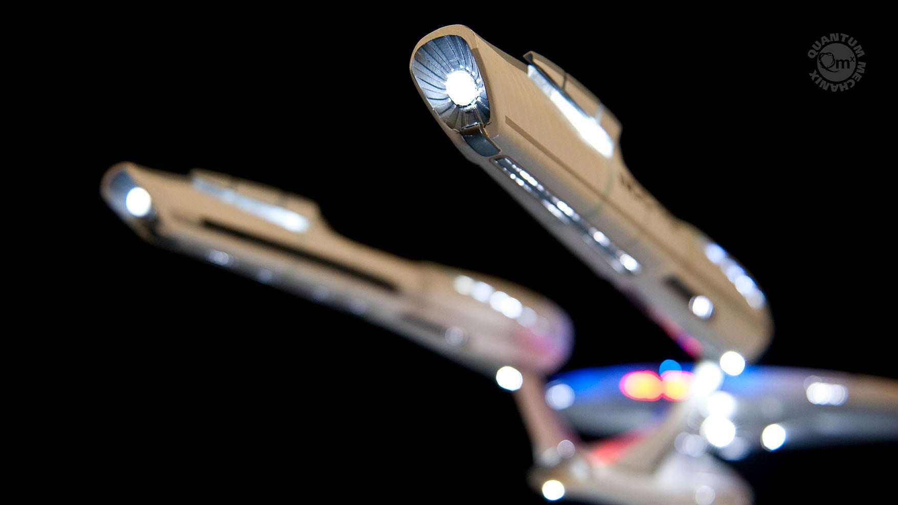 Try Not to Drool Over This Exquisite $US7,000 ($9,716) Replica of the USS Enterprise