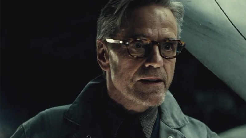 Jeremy Irons Promises that Justice League Won't Be as Messy as Batman v Superman