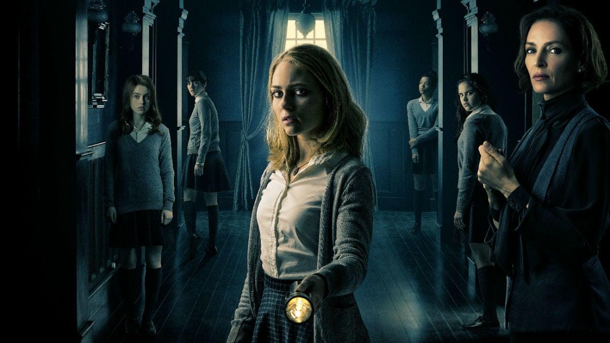 In Down A Dark Hall, Uma Thurman Runs A Mysterious, Haunted School For Troubled Girls
