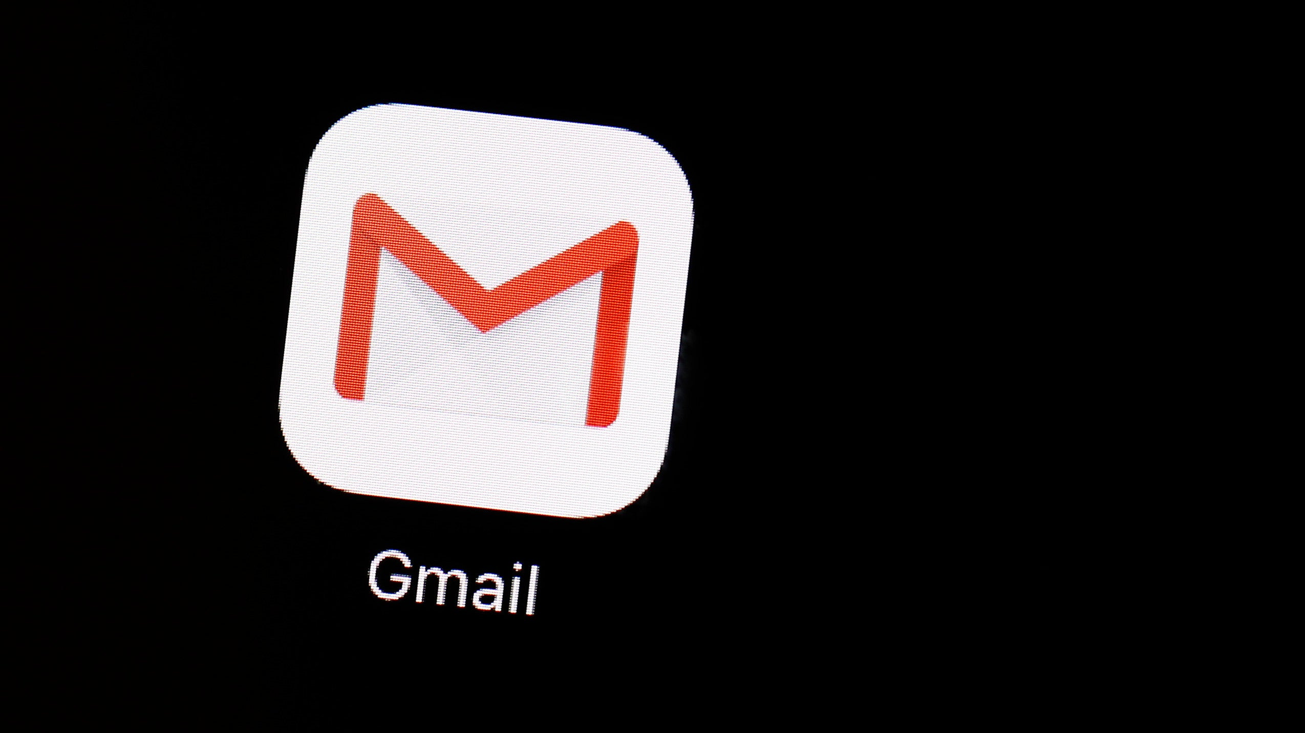Gmail's Dark Theme Is Finally Here For Android 10