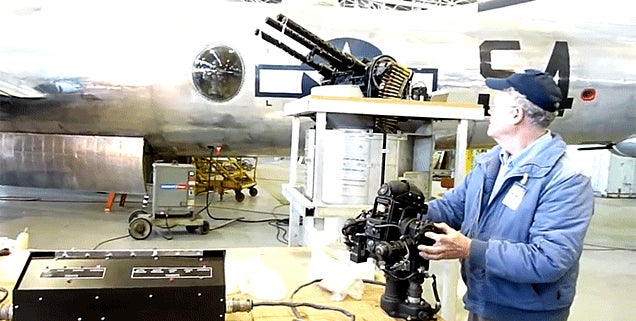 How the gun turrets work on a B-29 bomber