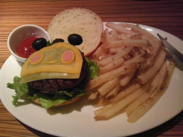 Here It Is, the Official Persona Cheeseburger
