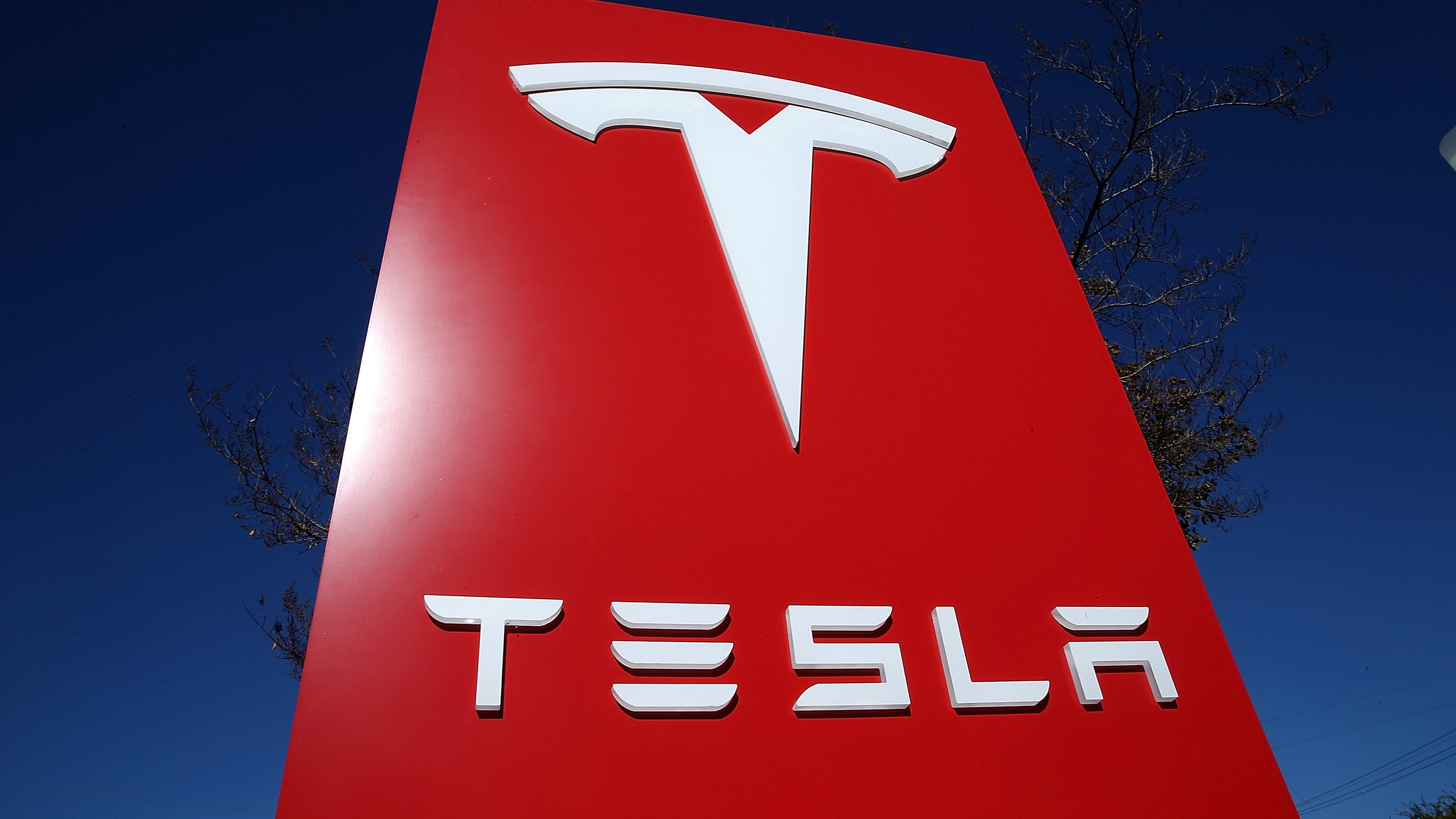 Tesla Will Lock Out Contractors Unless Employees Vouch For Them