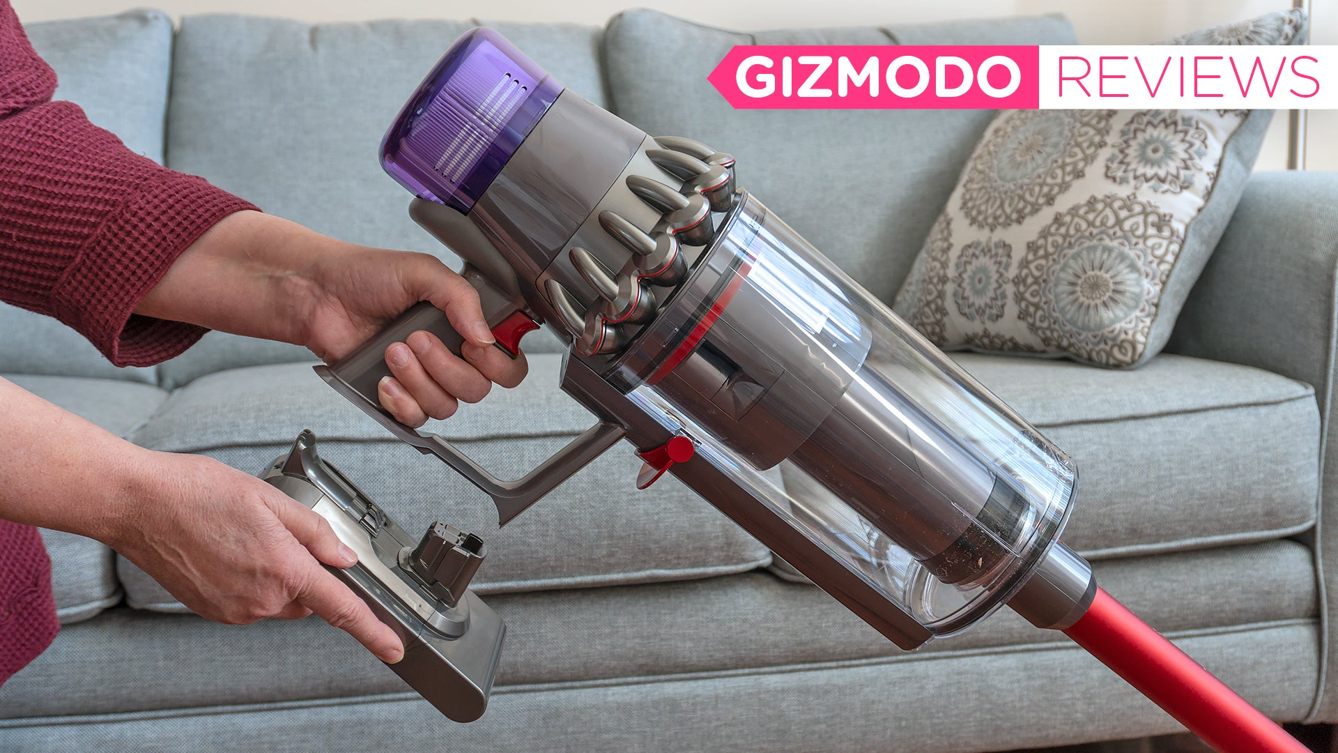 Dyson's First Cordless Vacuum With Swappable Batteries Is A Proper Replacement For Corded Vacs