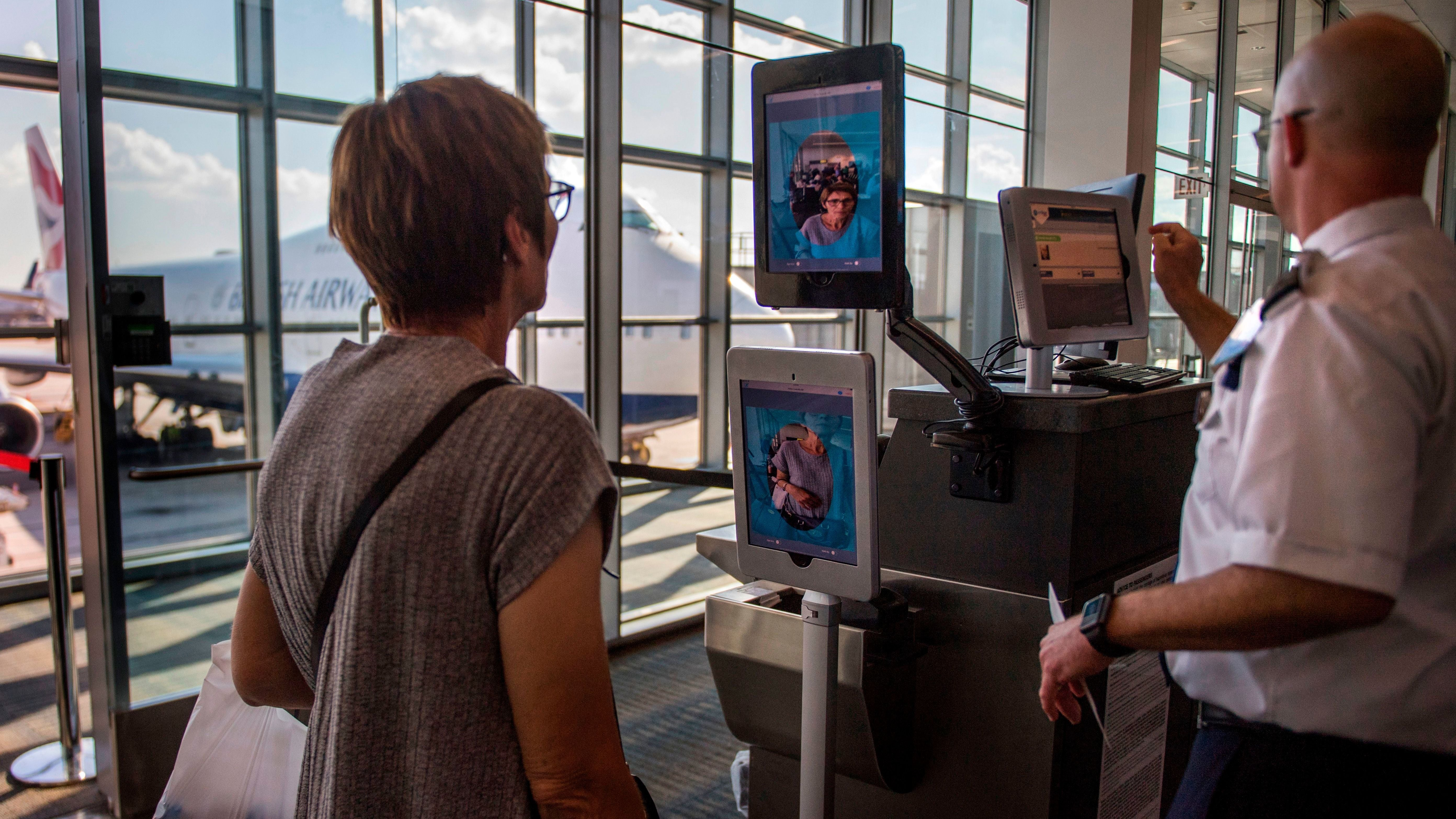 U.S. Aims To Expand Facial Recognition At Border To Include Citizens