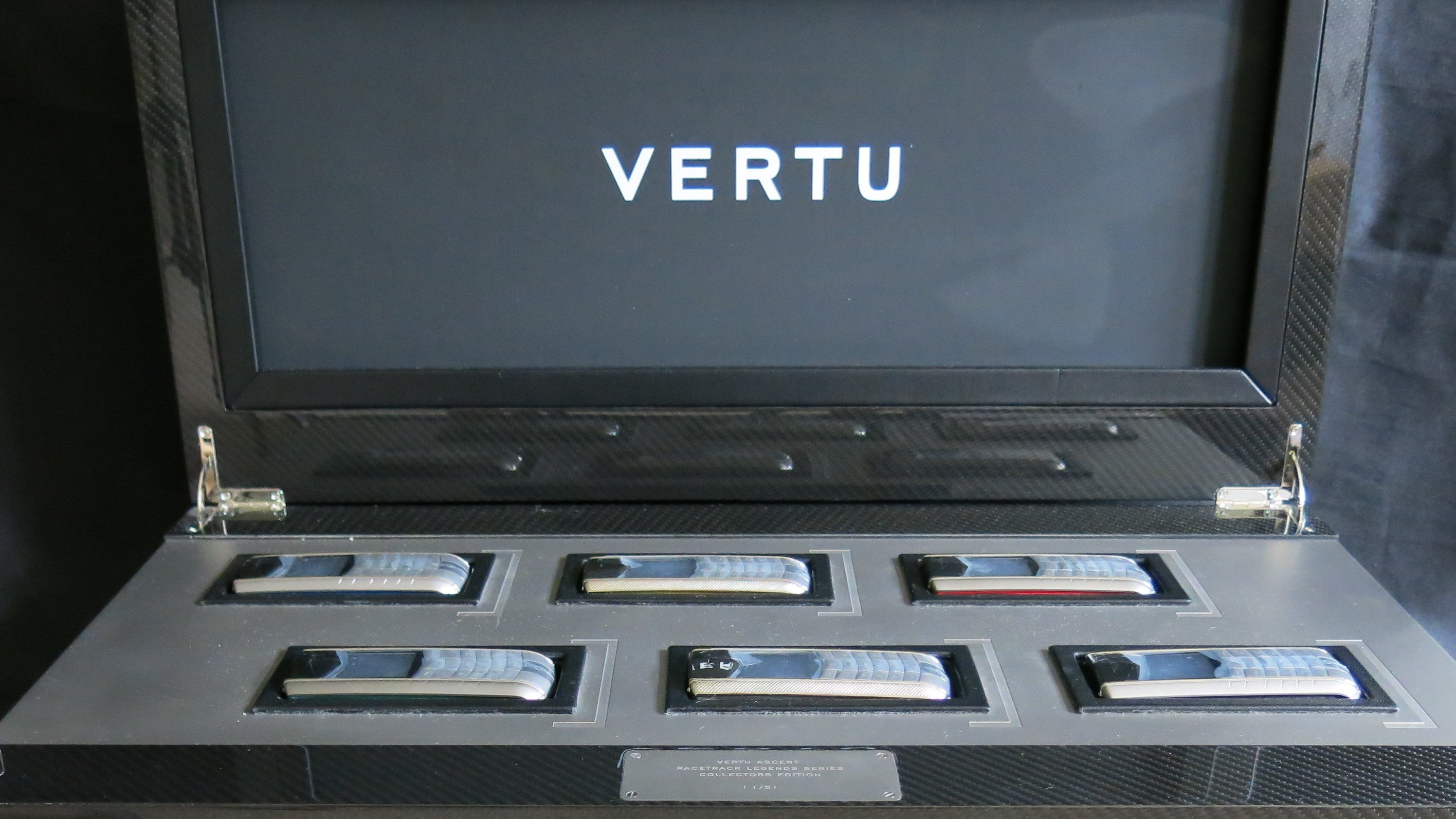 Vertu Is Now Auctioning Off Its Crappy Gold Phones For Cents On The Dollar