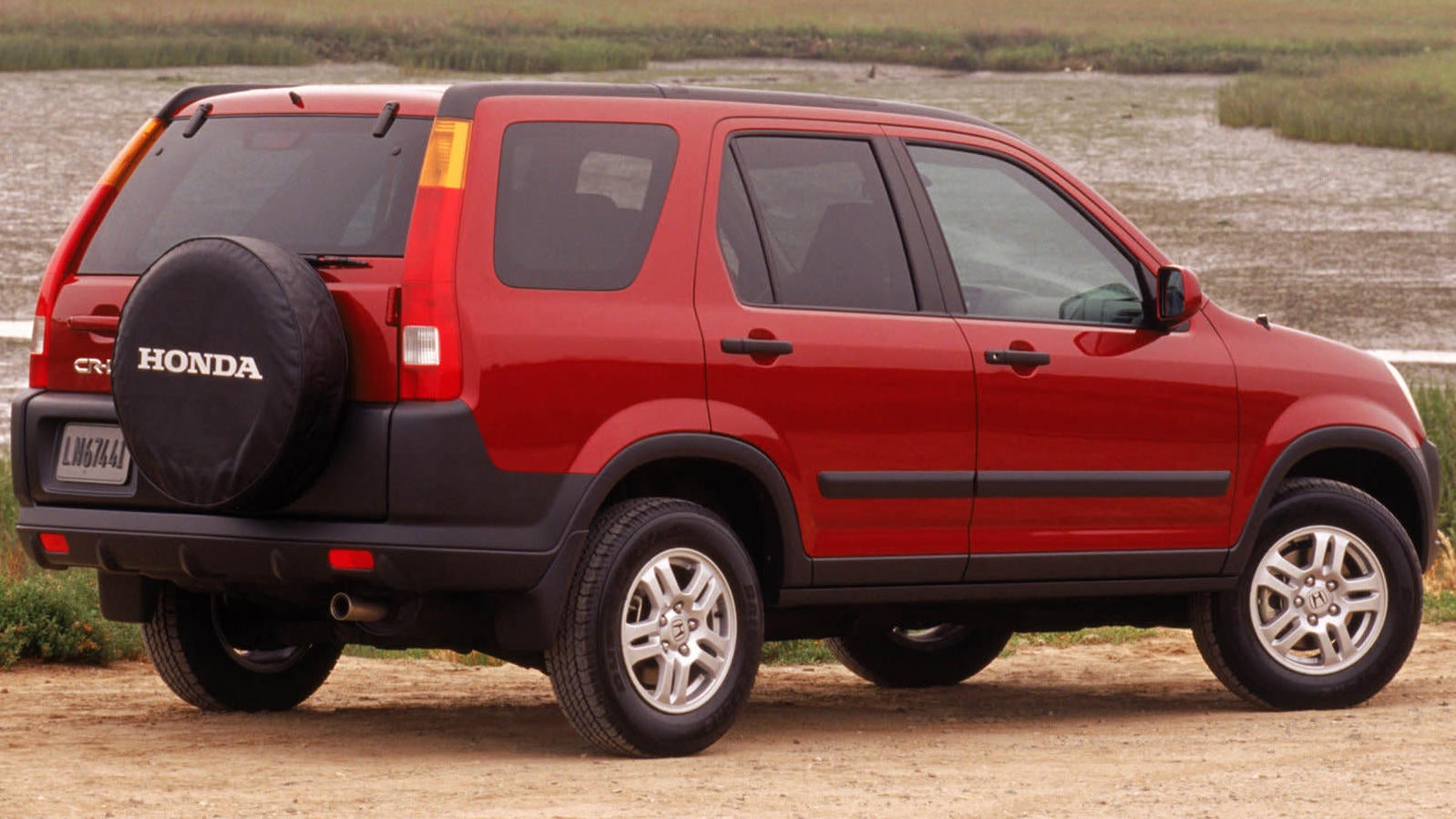The Second-Gen Honda CR-V Is Pretty Cool Now I Think