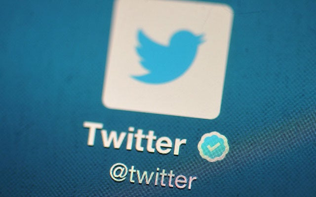 Twitter Tests Turning Favourites Into Retweets, Frustration Ensues