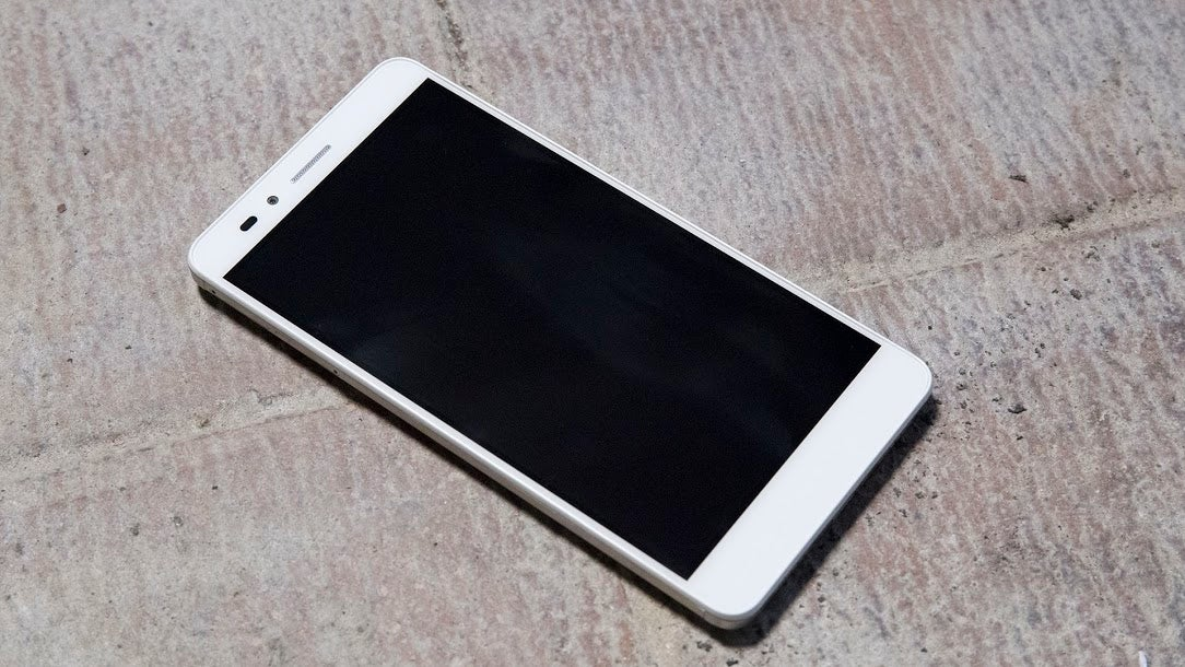 Huawei Honor 5X Review: Great Hardware Hampered By iOS Rip-Off UI