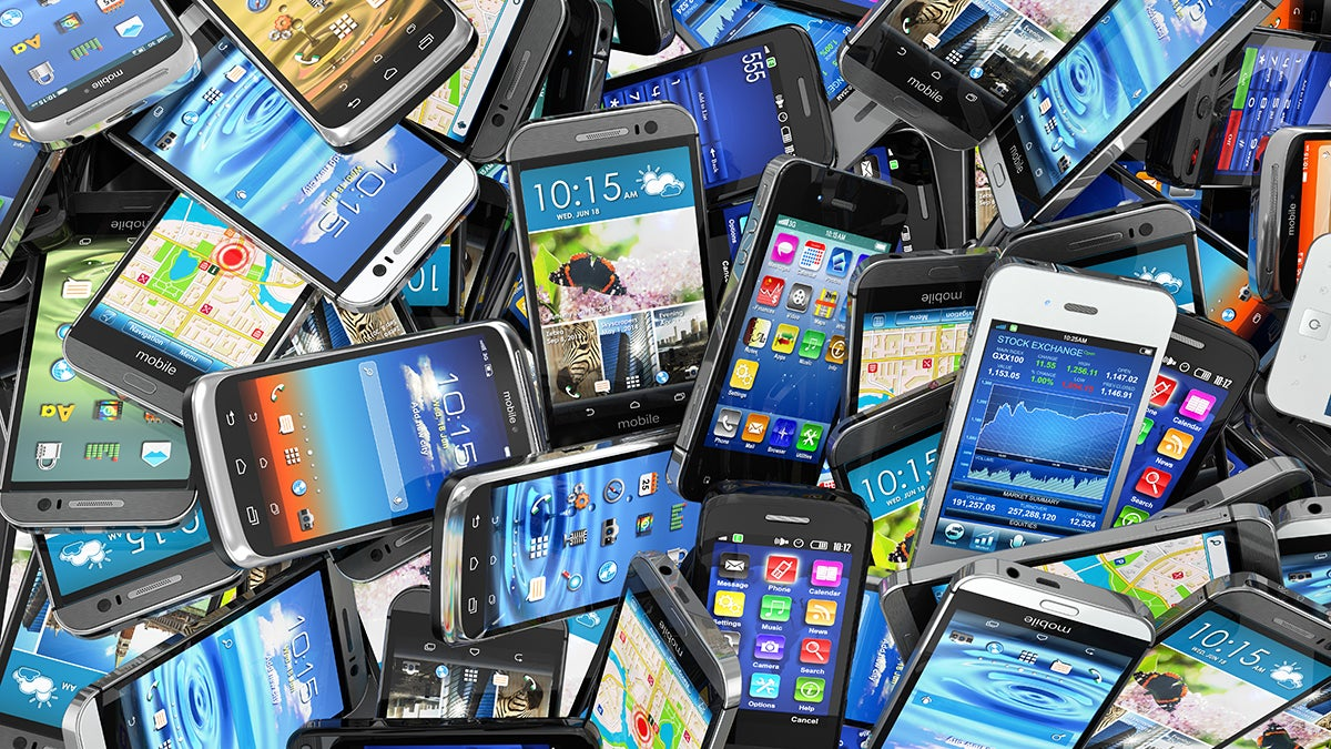 5 Things to Check Before You Get Rid of Your Old Gadgets