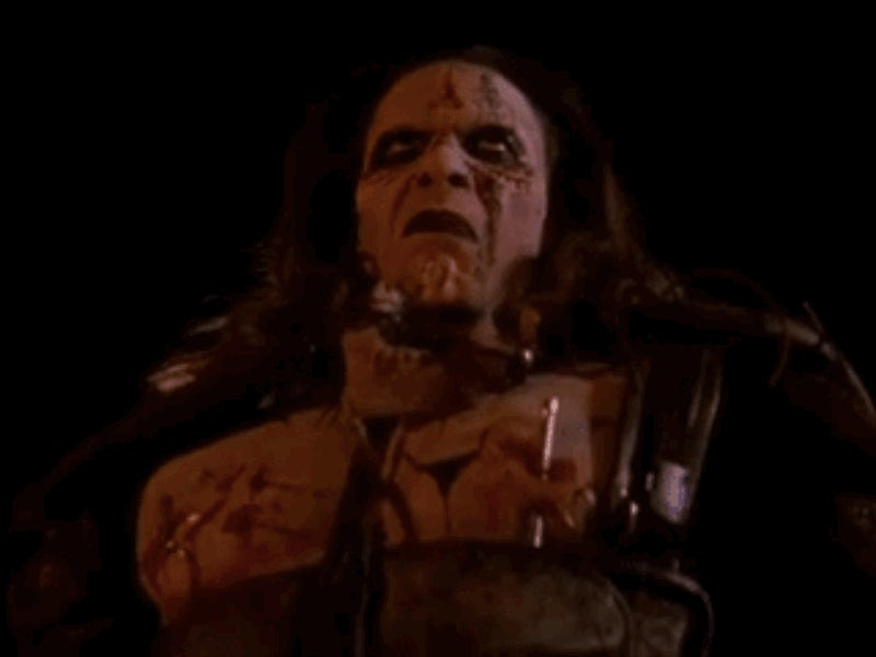 John Carpenter's Ghosts of Mars Is a Criminally Underrated B-Movie