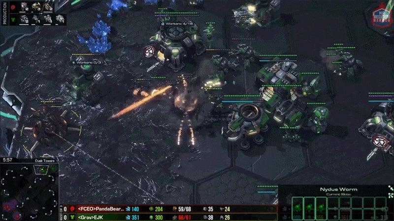 StarCraft II Pro Defends Perfectly Against Surprise Zerg All-In