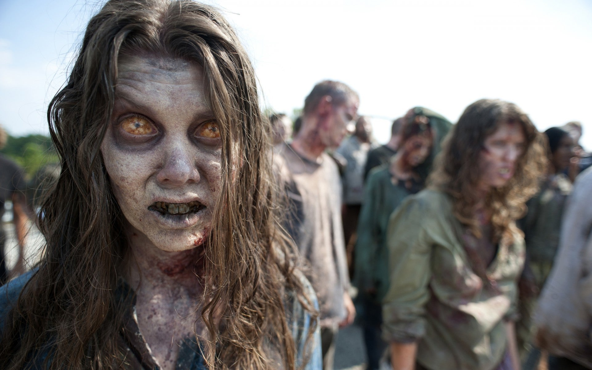 10 Practical Tips for Surviving the Zombie Apocalypse