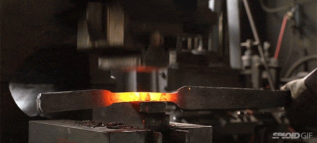 Video: Shattering and then reforging the sword from Lord of the Rings